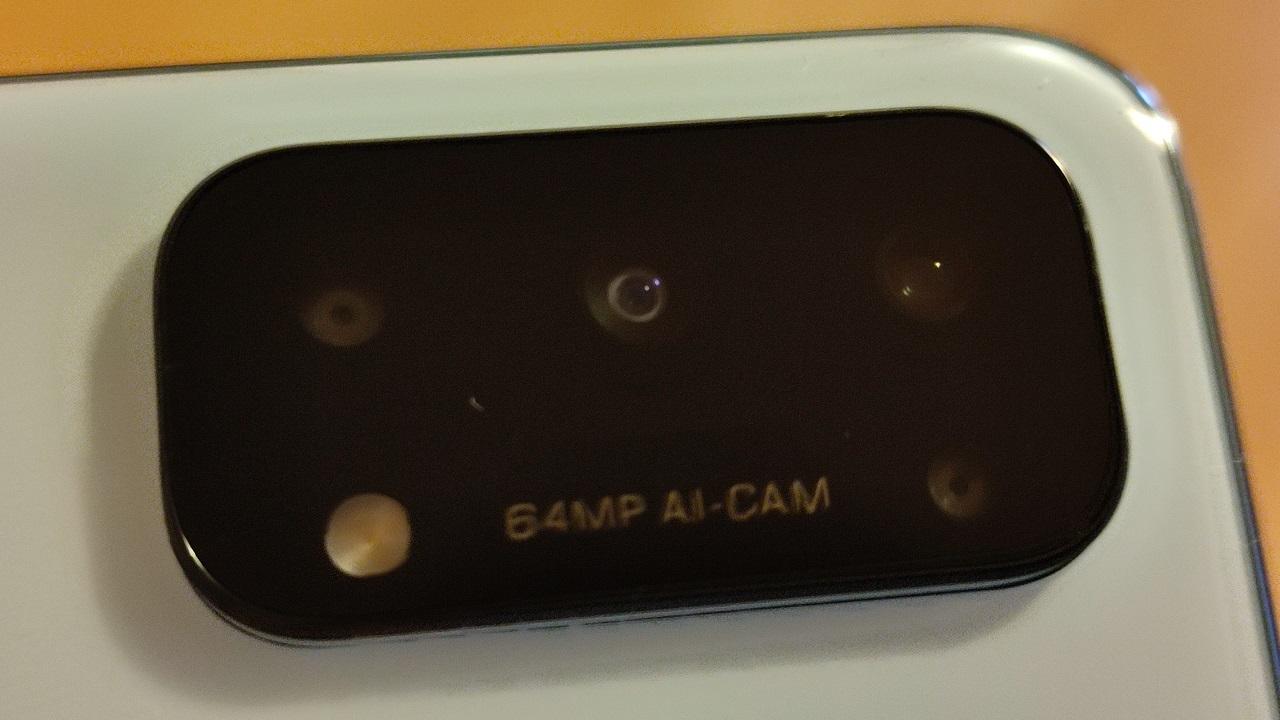 背面カメラユニット